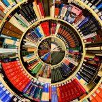Des livres : un dictionnaire
