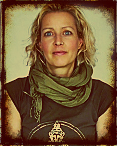 Jane Bertrel auteure livre Yin Yoga